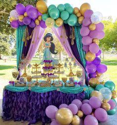Princess Jasmine Balloon garland decoration inspo for a girls Disney birthday party Jasmine Birthday Cake, Aladdin Party, Princess Birthday Party Decorations, Princess Theme Birthday, Disney Princess Birthday Party, Birthday Party Themes, 5th Birthday, Princess Disney, Disney Princesses
