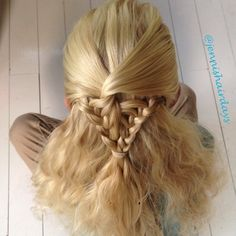 Quick attempt at the arrow head braid this morning. Idea from @hair4myprincess