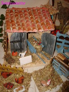 Poulailler - l'Oratoire de Muriel Jermer                                                                                                                                                                                 Plus Muriel, Decoration, Gingerbread, World, Christmas Things, Houses, Nativity Sets, French People, Births