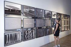 Der Beitrag space : relfections zur Ausstellung TIME SPACE EXISTENCE stellt Ingo Schraders freie künstlerischen Arbeiten einer Auswahl seiner Architekturprojekte gegenüber. | Foto: Rene Rietmeyer