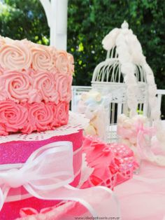 Ideal Patisserie: Candy Bars pink roses
