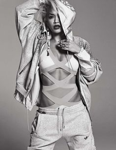 Rita Ora in Elle Korea magazine's November 2014 issue in a shoot featuring street sport looks with labels including items from her Adidas Originals collaboration plus Chanel and Tom Ford Daily Fashion, Fashion News, Dope Fashion, Fitness Fashion, Rita Ora Adidas, Photoshoot Concept, Photoshoot Ideas, 26 November, Sports Luxe