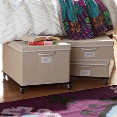 6 Ways to Make Your Dorm Room Feel Bigger