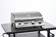 Electric Grill- gets hot quick! Portable for traveling, camping, RV's, tailgating, boats, etc.