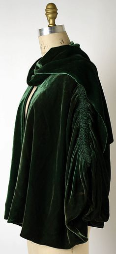 "Wrap, Evening, side view.  House of Chanel (French, founded 1913).   Designer: Gabrielle ""Coco"" Chanel (French, Saumur 1883–1971 Paris).  Date: 1924.  Culture: French.  Medium: silk."