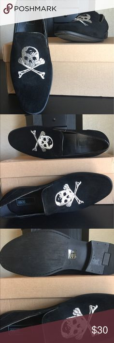 ASOS Mens Smart Loafers with skull and crossbones ASOS black skull and crossbones loafers mens UK size 7. New never worn with original box. I wear a womens US size 9 and they are too big Asos Shoes Loafers & Slip-Ons