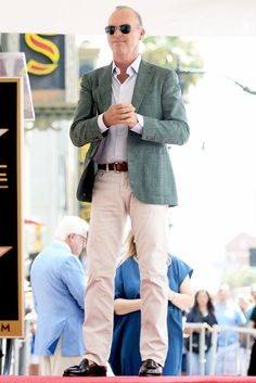 MICHAEL KEATON: Behold, the game-changing power of a punchy blazer to an otherwise neutral outfit.