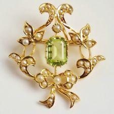 Antique Victorian 15ct Gold Peridot & Pearl Pendant Brooch c1895
