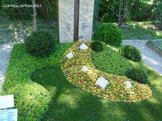 Langsam läßt die Blüte der Sommerblumen nach und man kann sich schon Gedanken über die Herbstpflanzung nicht nur im Garten sondern auch auf ...