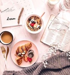 Breakfast Photography, Flat Lay Photography, Food Photography, Coffee Photography, Lifestyle Photography, Fall Inspiration, Flat Lay Inspiration, Morning Inspiration, Food Styling