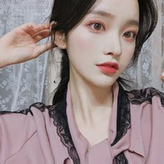 Ulzzang Girl Selca, Mode Ulzzang, Ulzzang Korean Girl, Pretty Korean Girls, Pretty Asian, Beautiful Asian Girls, Korean Girl Photo, Uzzlang Girl, Ethereal Beauty