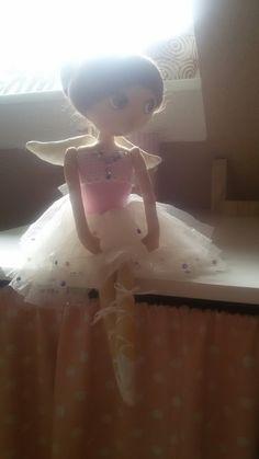 Ema doll