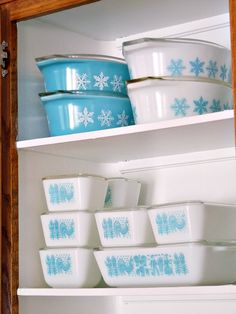 Beautiful collection of turquoise Pyrex. Amish and snowflake.
