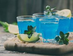 How to Make a UV Blue Vodka and Lemonade Slushy Mixed Drink Blue Curacao Liqueur, Vodka Lemonade, Candy Drinks, Leaf Tv, Vodka Cocktails, Frozen Drinks, Slushies, Mixed Drinks, Good Food