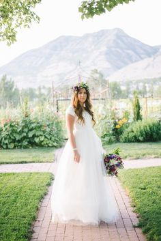 A beautiful bridal shoot in Utah featuring a bride in a purple floral crown, photos by Jena Bechtholt Photography. Bridal Poses, Bridal Shoot, Wedding Planning Checklist, Bridal Musings, Floral Crown, Summer Wedding, Flower Girl Dresses, Wedding Dresses, Photography
