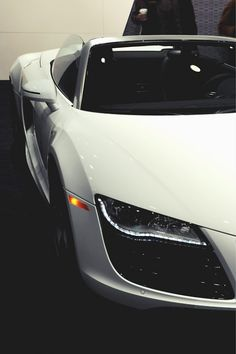 WHITE AUDI R8 ---> Video about my 800 a day method: Energy-Millionaires.com/PaidPerLead