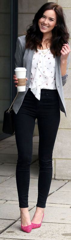 Business casual with a knit blazer and printed ruffle top on sale for 30% off! THese high waisted black skinny jeans are flattering and less than $60!