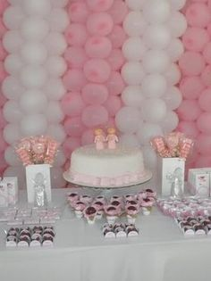 Ways to Save Money While Throwing a Baby Shower