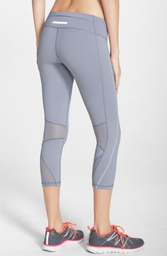Zella+Mesh+Inset+Capris+available+at+ Nordstrom Moda Deportiva e3ed9a5c08a1f
