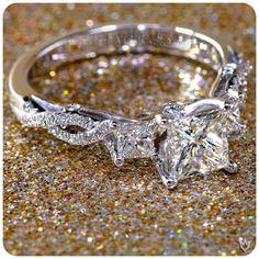 Beautiful engagement / wedding ring