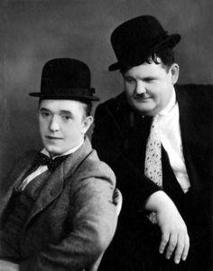 Laurel & Hardy & Hats