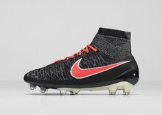 2dffeaa5b2e1e Nike News - NIKE SOCCER UNVEILS ALL-NEW WOMEN S CLEAT PACK FOR 2016 Zapatos  De