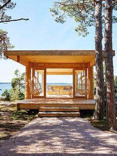 "A chapel on the island of Kemiö: ""Here we have everything that we have always dreamed about"" Eco Cabin, Tiny House Cabin, Building A Sauna, Small Outdoor Kitchens, Summer Cabins, Unique Buildings, Glass House, Pool Houses, Model Homes"