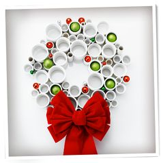 Love this cool PVC pipe wreath!!!!