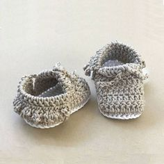 Crochet Baby Moccasins Pattern - Crochet Baby Shoes by Deborah O'Leary Patterns