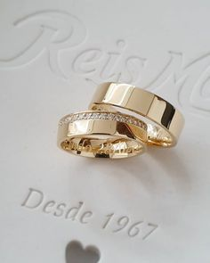 Wedding Shoes, Wedding Jewelry, Gold Jewelry, Wedding Rings, Engagement Rings Couple, Wedding Cookies, Classic Gold, Princess Wedding, Cartier