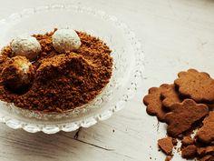Ostbollar med pepparkakskross | Recept från Köket.se