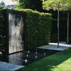 Holland Park, private garden in London by Luciano Giubbilei _ Garden Pool, Water Garden, Lawn And Garden, Magic Garden, Dream Garden, Pool Piscina, Beton Design, Holland Park, Water Walls