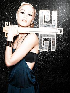 Gwen Stefani   The Sweet Escape Publicity Photo   gwenstefani.com