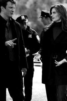Stana Katic as Kate Beckett and Nathan Fillion as Richard Castle - Castle Castle Series, Castle Tv Shows, Castle Abc, Nathan Fillon, Mejores Series Tv, Richard Castle, Castle Beckett, American Crime, Black N White Images