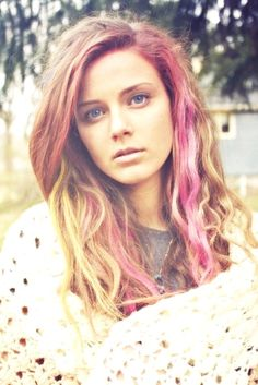 pink streaks - getting this done soon for Breast Cancer Awareness month:)