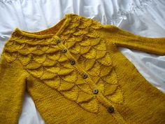 Ravelry:  trophywife81's ~Soho Schoolbus~ Pattern: Acorns by Carol Sunday