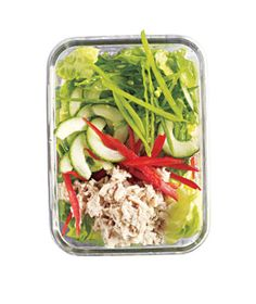 Love this Asian Tuna Salad recipe! Featuring water packed tuna this salad has extra crunch thanks to snow peas and lots of thinly sliced cucumbers and peppers. While the recipe called for seeded cucumbers, I simply used regular English cucumber slices and it was A okay in my books! For more creative ideas for kids lunches LIKE US on Facebook @ https://www.facebook.com/SchoolLunchIdeas