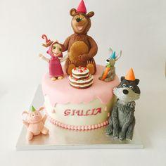 Torta Masha orso e amici Masha and the bear and friends cake