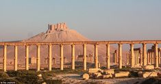 Despite the outbreak of civil war, traveller Teo Jioshvili was determined to photograph Syria's magnificent ancient city of Palmyra. Palmyra Temple, Palmyra Syria, Ancient Buildings, Ancient Architecture, Cradle Of Civilization, 17th Century Art, Ancient Ruins, Luxor Egypt, Travel News