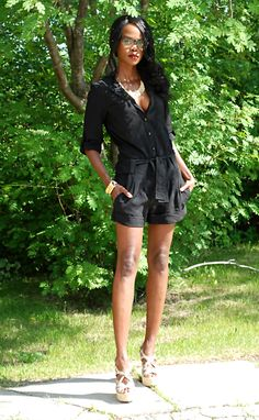 On the blog today: How to wear all black during summer @ stylemydreams.com #ootd #rompers #summerfashion #outfits #fashion #fashionblogger #style #allblackoutfits