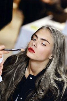 Cara Delevingne - Hair and lipstick