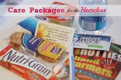 Care package for the homeless.instead of giving money or telling someone in need NO.give them a care package. My friend Tracy told me about this idea. All You Need Is, Just In Case, Craft Gifts, Diy Gifts, Homeless Care Package, Blessing Bags, Serving Others, Service Projects, Service Ideas