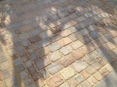 Hardstone - Indian Sandstone Cobbles (Setts) - Tumbled Himalayan  - brown/red, cream/gold, ash