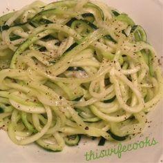 Zucchini Pasta Olio - perfect low-carb dinner!!