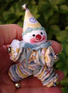 A tiny yo-yo clown...