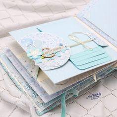 Baby Scrapbook Pages, Mini Scrapbook Albums, Baby Mini Album, Diy Crafts For Girls, Handmade Birthday Cards, Handmade Cards, Girls Album, Mini Albums Scrap, Book Making