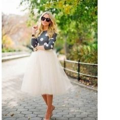BEAUTIFUL CUSTOM❤️WHITE TULLE SKIRT!❤️ Tulle Skirt is Lined & has 5 Layers. Skirts