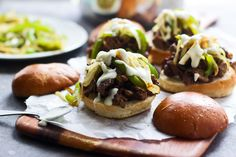 Philly Cheesesteak Sliders with Creamy Provolone Cheese Sauce - Ridiculous! Cooking for Keeps Full recipe Milk Recipes, Beef Recipes, Cooking Recipes, Burger Recipes, Snack Recipes, Healthy Recipes, Philly Cheese Steak Sliders, Skirt Steak Recipes, Bon Appetit