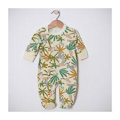 Set de externare din spital pentru nou-născut cu pled cu grosime potrivită pentru sezoanele de tranziție și vară. Include body, salopeta, pled, căciulița, bărbița - bandana și mânuși. Ambalare pentru cadou.  #nounascut, #externaredinspital, #maternitate, #set, #bebe, #musthave Button Down Shirt, Jumpsuit, Men Casual, Mens Tops, Shirts, Fashion, Bebe, Overalls, Moda