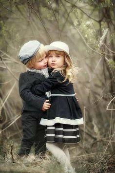 I love The Romantic world of nature. So Cute Baby, Cute Baby Couple, Baby Kind, Cute Love, Baby Love, Cute Couples, Cute Babies, Precious Children, Beautiful Children